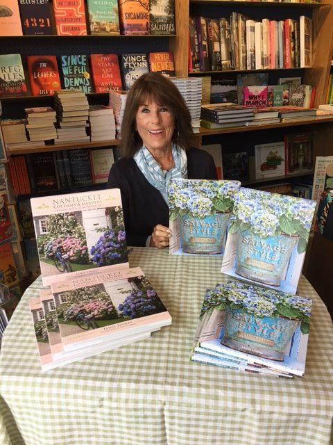 Leslie Linsley book signing
